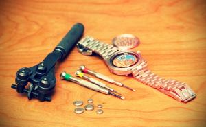 Vi skifter batteri i ditt armbåndsur mens du venter!